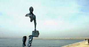 Необычные скульптуры мира