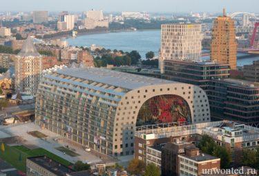 Городской рынок Роттердама - вид сверху