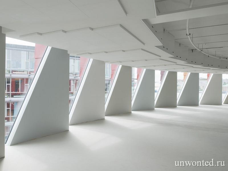 Необычное здание - шестерня Kuggen Вид изнутри