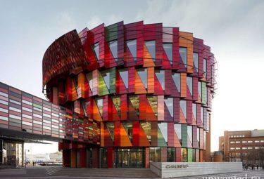 Необычное здание Технологического университета Чалмерса