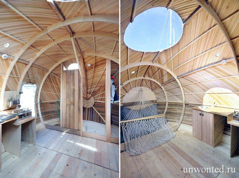 Душ и спальное место в плавающем доме Exbury Egg