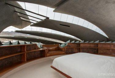Спальня дома в пустыне