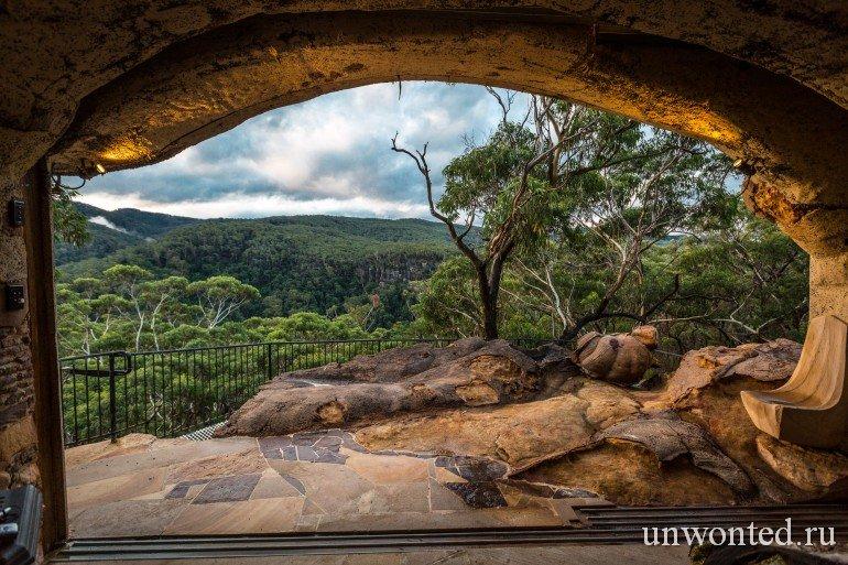 Дом-пещера Лионеля Букетта