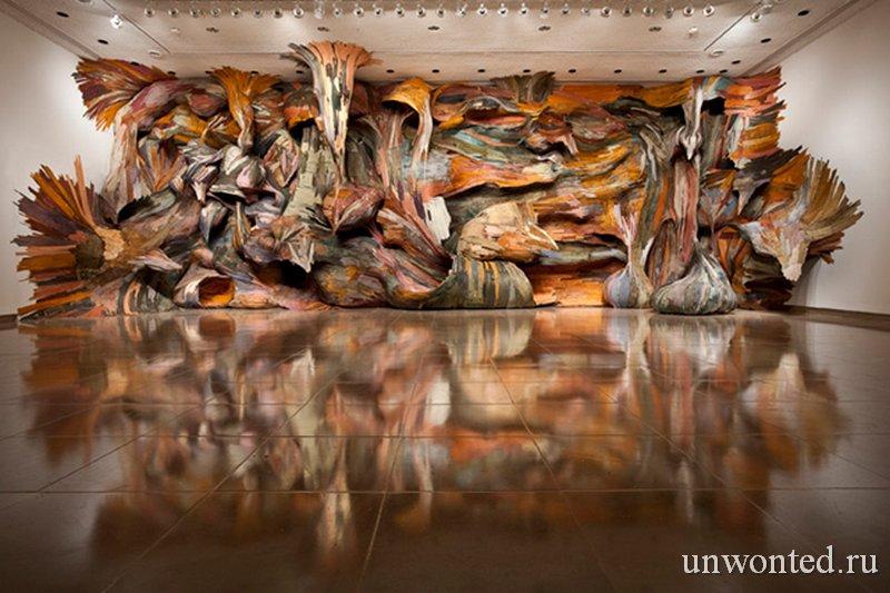 Арт объекты Энрике Оливейра из дерева