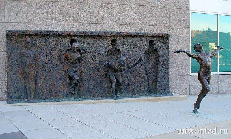 Необычные скульптуры мира - Свобода