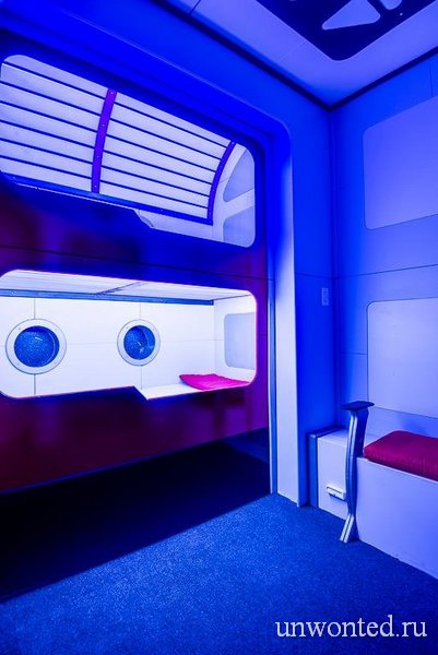 """Двухъярусная кровать в стиле """"Star Trek"""""""