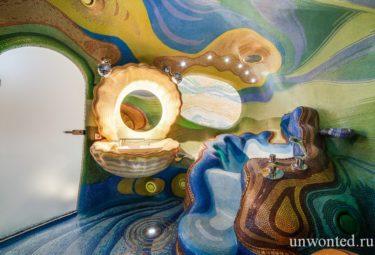 Дом ракушка - ванная комата с мозаикой разного цвета