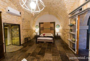 Спальня античного жилища в пещере