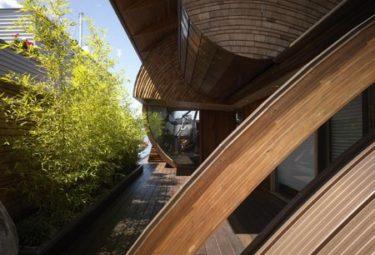 Дворик плавающего дома Fennell Residence