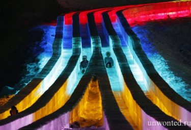 Большая ледовая горка - фестиваль ледовых скульптур в Харбине