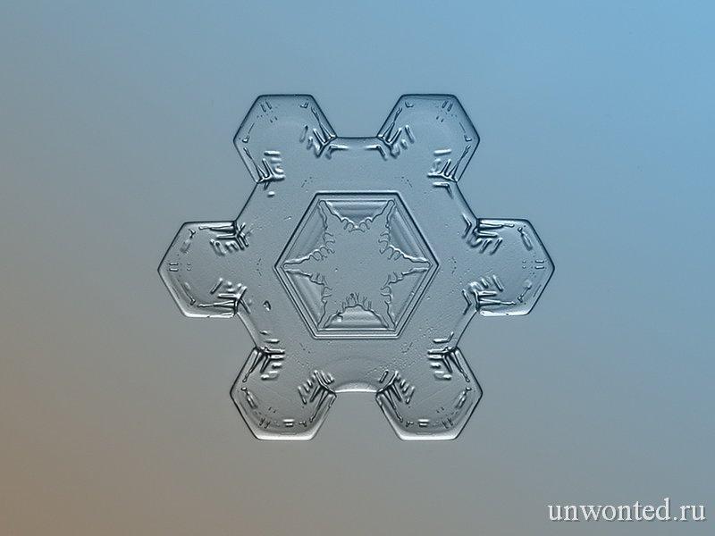 Кристалы снежинок на фото