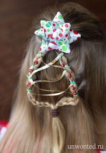 Новогодняя прическа девочке - елочка с разноцветными лентами