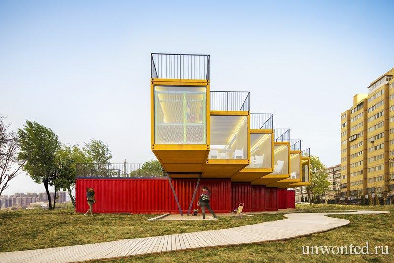 Консоли павильона из контейнеров Container Stack Pavilion