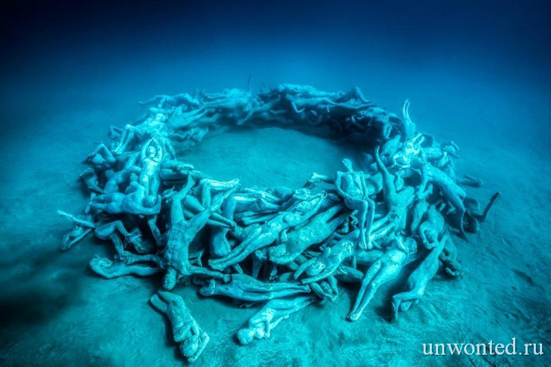 Подводная инсталляция Человеческий круговорот - Human Gyre, Джейсон де Кайрес Тэйлор