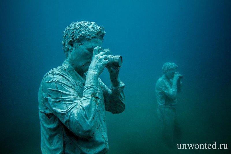 Подводные скульптуры Папарацци - Photographer у острова Лансароте