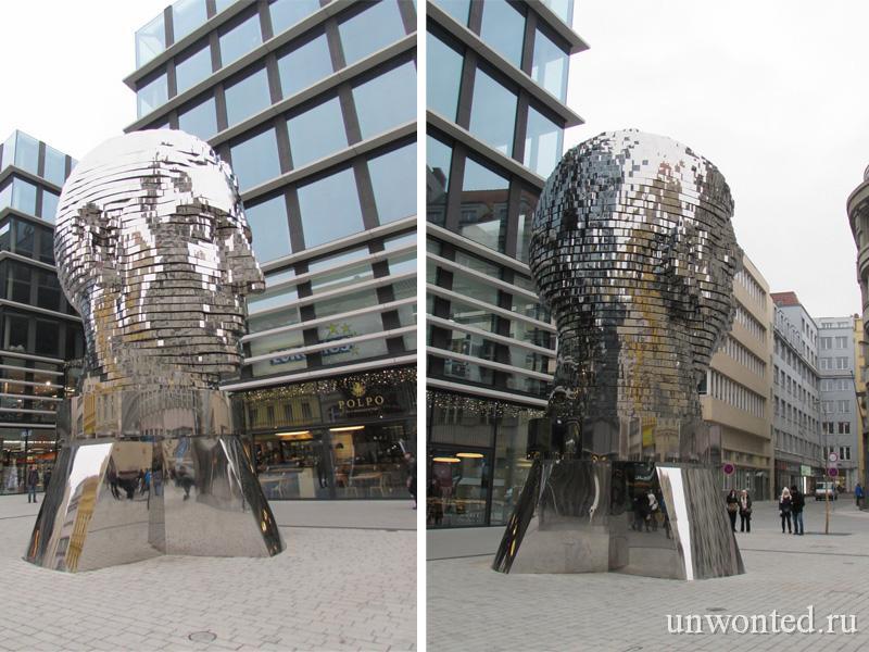 Огромная скульптура Голова Франца Кафки в Праге