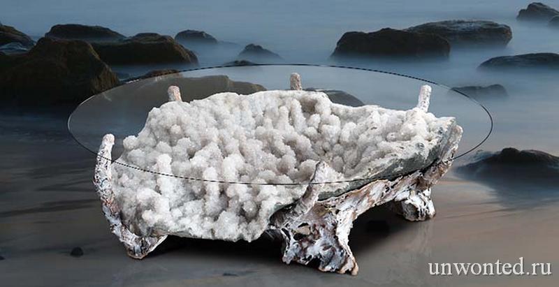 Необычный столик с белыми кристалами от Лоуренса Столлера
