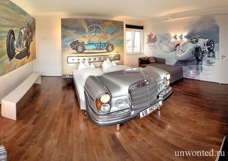 Кровать из автомобиля Мерседес тематический отель V8