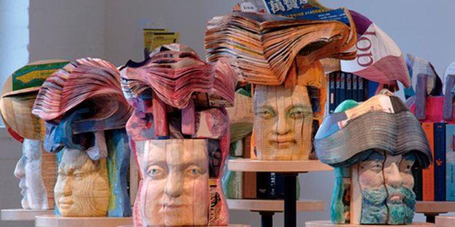 Скульптуры из книг и журналов Лонг-Бин Чена