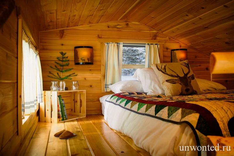 Спальня на чердаке мини-хижины эльфов