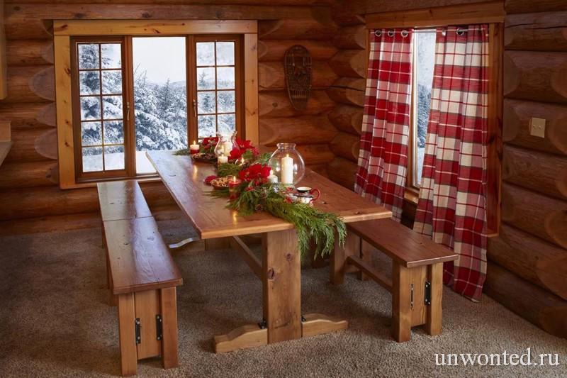 Обеденный стол в доме Санта Клауса