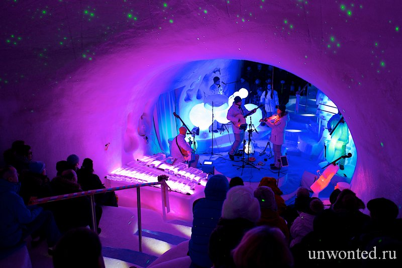 Концерт ледяной музыки в IceConcerthall