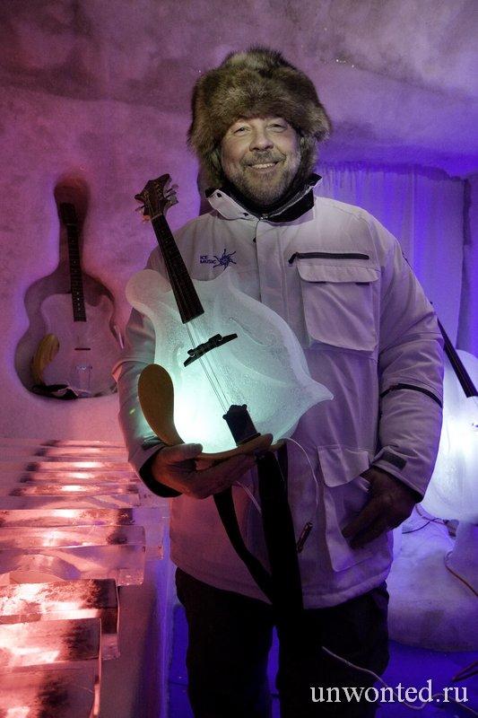 Тим Линхарт и его ледяные инструменты