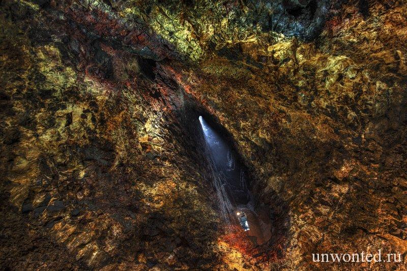 Потухший вулкан Трихнукагигур внутри