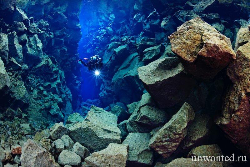 Подводный ландшафт разлома Silfra