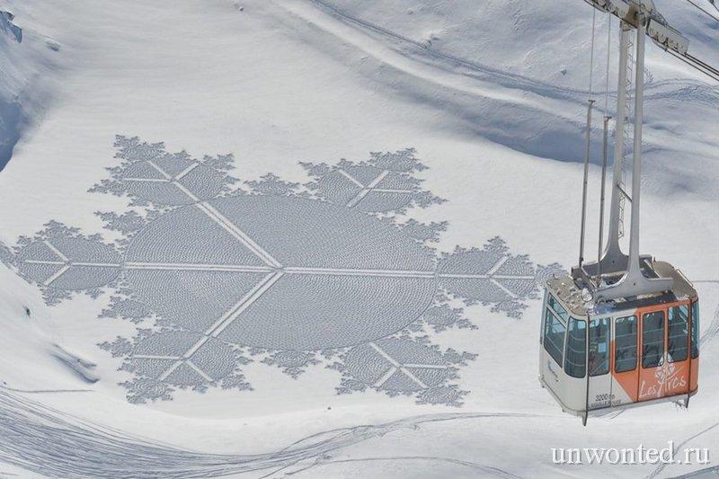 Геометрические узоры на склонах горнолыжного курорта Лез Арк - Саймон Бек