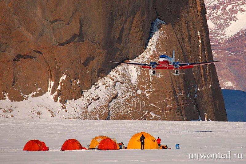 Лагерь на Южном полюсе в Антарктиде