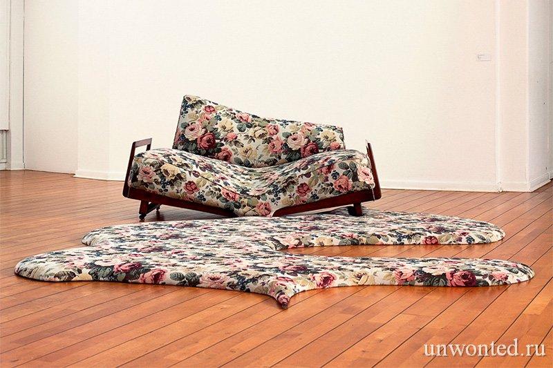 Странная мебель Нины Сондерс