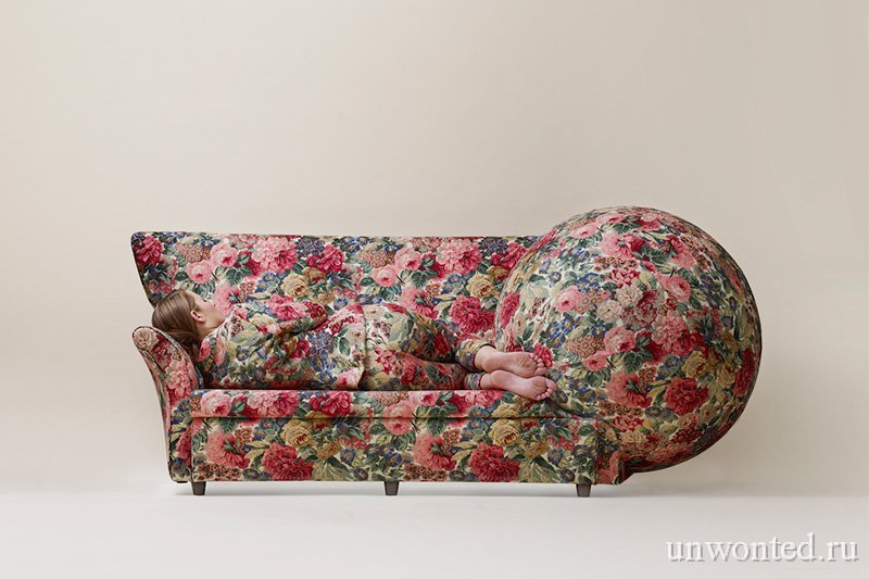 Странная мебель - Диван с шаром