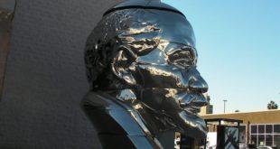 Бюст Ленина в Лос-Анджелесе