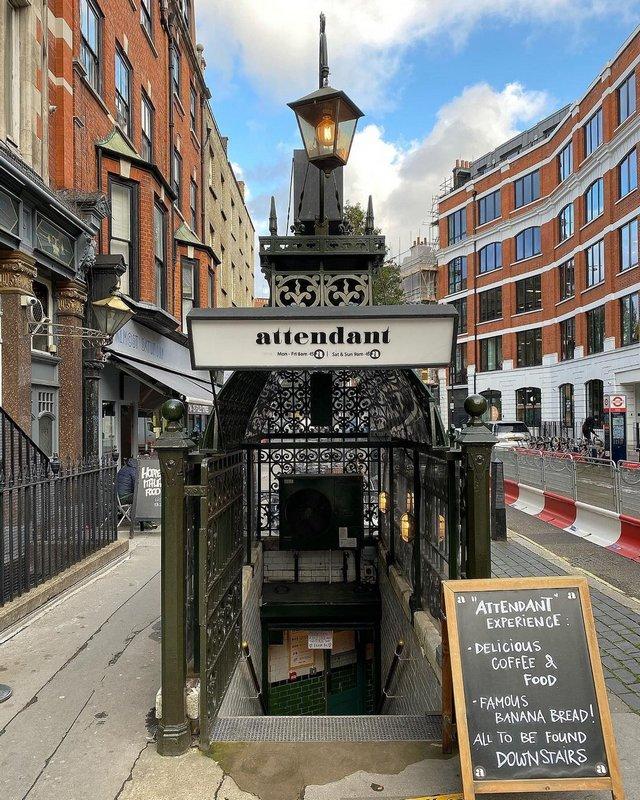 Креативное лондонское кафе в туалете